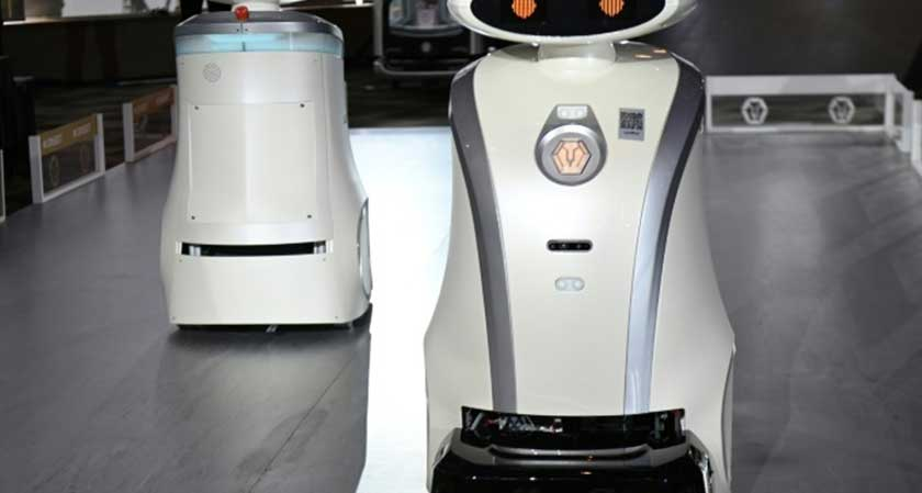Singapore turns to robots for cleanliness as workers flee to their home countries